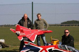 Schüler der Modellflugschule Pöting